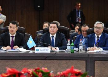 Аскар Мамин принял участие в заседании Евразийского межправсовета в Ереване 1