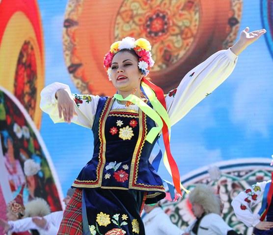 Сила в единстве. Нурсултан Назарбаев поздравил казахстанцев с праздником