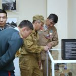 В Караганде в ходе шествия несли портреты солдат и батыров 1
