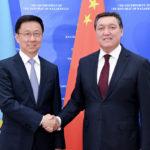 Аскар Мамин провел переговоры с Президентом Армении 1