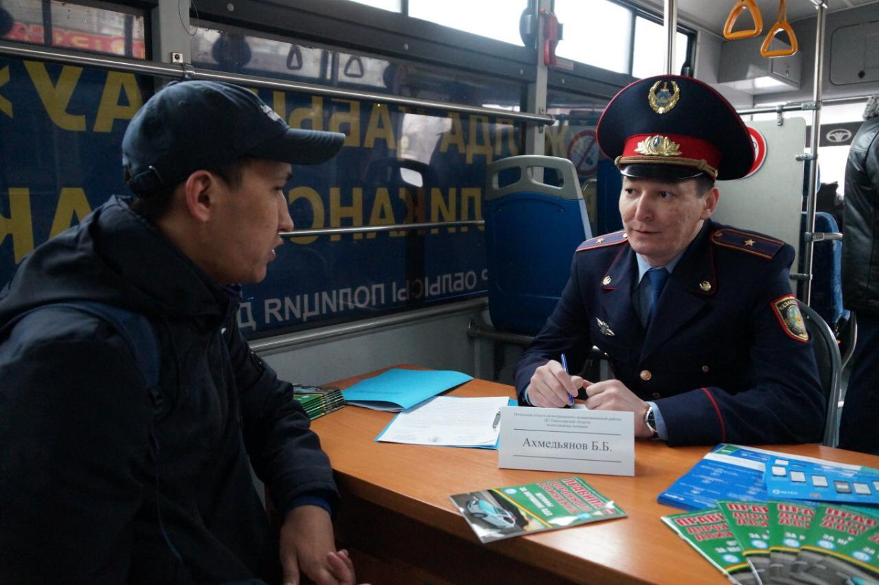 """Как """"Приемная на дороге"""" помогает полиции взаимодействовать с гражданами"""