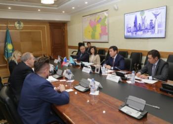 Посол Чешской Республики предложил сотрудничать в сфере авиации 8