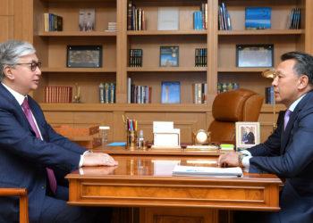 К. Токаев провел встречу с председателем КТЖ 7