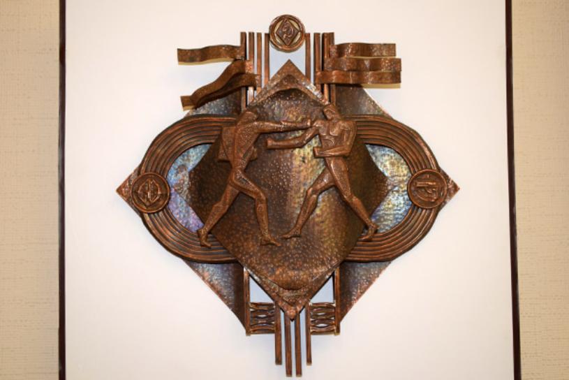 В мире камня и металла — в Костанае проходит выставка Николая Гончарова