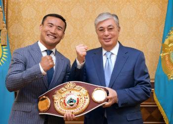 Касым-Жомарт Токаев обсудил развитие бокса с Канатом Исламом 2