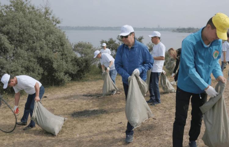 Более 20 тысяч человек приняли участие в экологической акции «Бірге – таза Қазақстан» в Карагандинской области 1