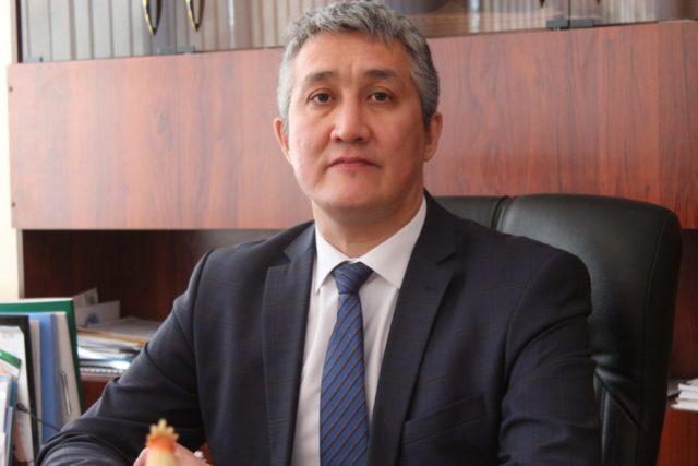 Директора костанайской теплокомпании привлекли к общественным работам 1
