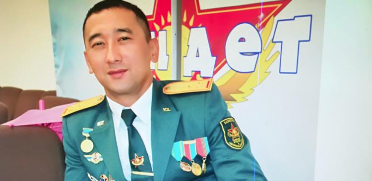 Военнослужащий спас тонувшего ребенка 1