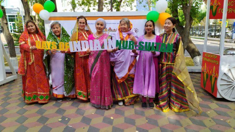 Танцы, песни, фильмы: как проходят дни Индии в Казахстане?! 1