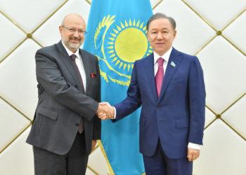 Нурлан Нигматулин провел встречу с Верховным комиссаром ОБСЕ 1