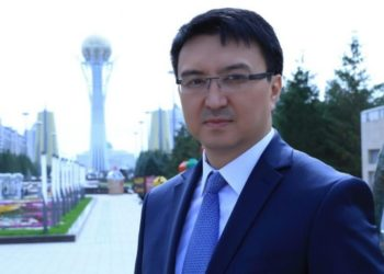 Нуржан Альтаев: Всем депутатам нужно использовать современные информационные технологии 4