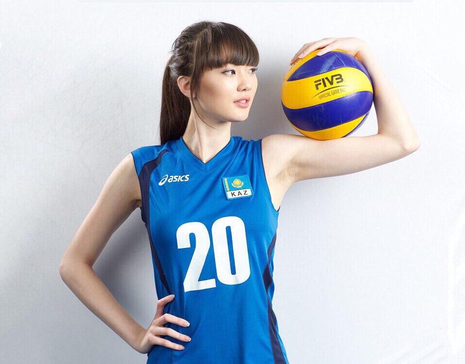 Самая сексуальная волейболистка Казахстана перешла в клуб из Дубаи