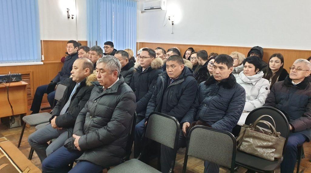 В Петропавловске чиновникам устроили экскурсию в следственный изолятор 1