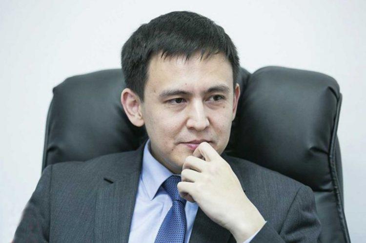 Утебеков раскритиковал работу КНБ в деле о задержании Бакауова