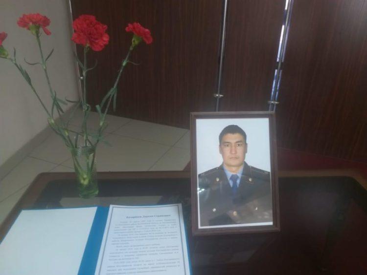 Полицейский героически погиб, обезвредив собственного убийцу в Костанайской области 1