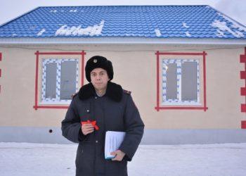 Участковому инспектору из СКО предприниматель построил дом