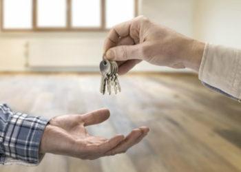 Акимат призывает не покупать квартиры в двух жилых комплексах Нур-Султана