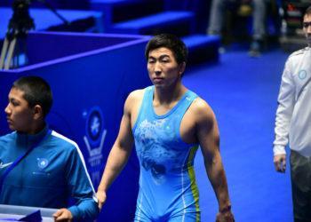 Двое казахстанцев стали чемпионами Азии по вольной борьбе