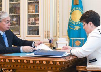 Ликвидировать отдельные нацкомпании предложил Токаеву