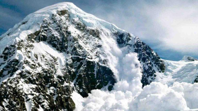 В горах близ Алматы сошли семь лавин
