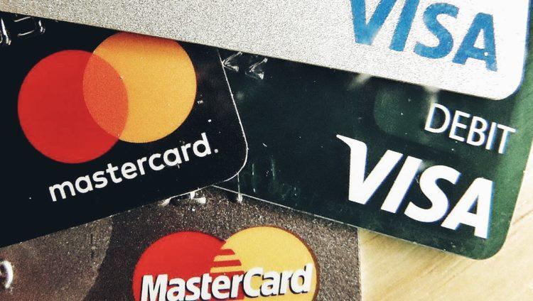 Как распознать телефонных мошенников – советы сотрудников банков
