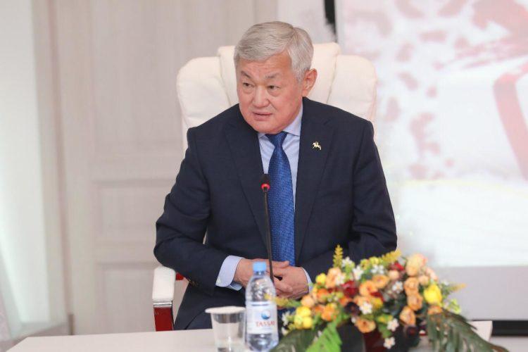 Бердибек Сапарбаев завел аккаунты в соцсетях 1