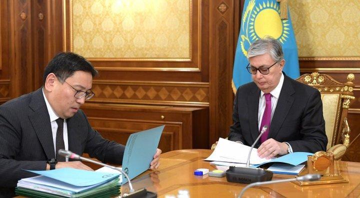 Токаев заслушал отчет председателя Нацбанка Досаева 1