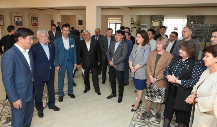 Бауыржан Байбек встретился с общественностью Жамбылской области