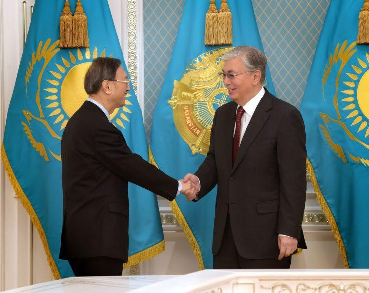 """Токаев заявил, что Казахстан солидарен с действиями Китая """"в этот сложный момент"""" 1"""
