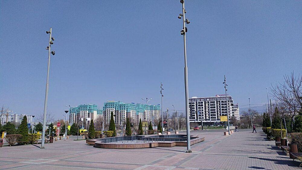 Что происходит прямо сейчас на улицах закрытого на карантин Алматы 5