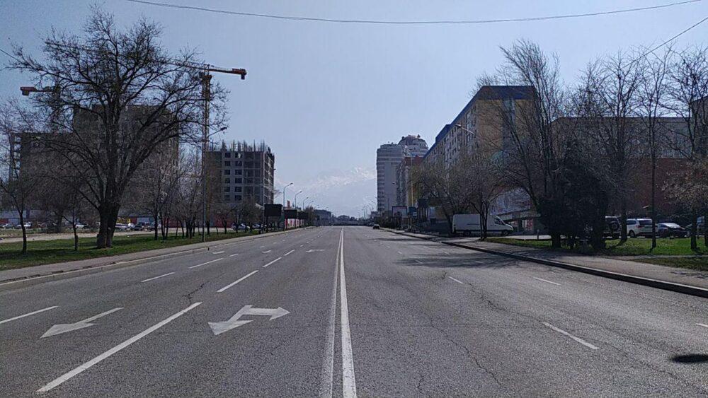 Что происходит прямо сейчас на улицах закрытого на карантин Алматы 6