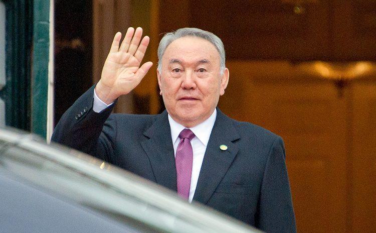 Нурсултан Назарбаев поздравил казахстанцев с 1 мая 1