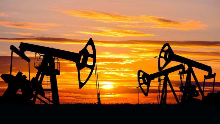 Страны ОПЕК+ заключили соглашение о снижении добычи нефти