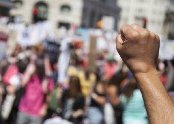 Закон о мирных митингах по уведомлению в Казахстане вернули на доработку 4