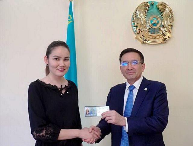Советником акима Акмолинской области стала 22-летняя девушка 1