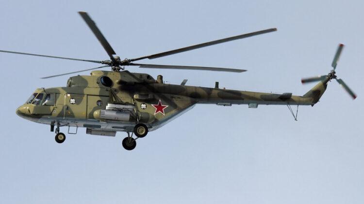 Выполнял виражи и долго кружил: что известно о крушении вертолета Ми-8 в России