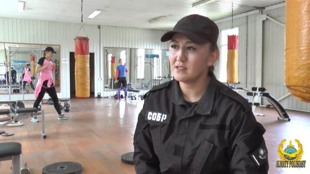 Женский СОБР: полиция Алматы показала фото красавиц в форме 6