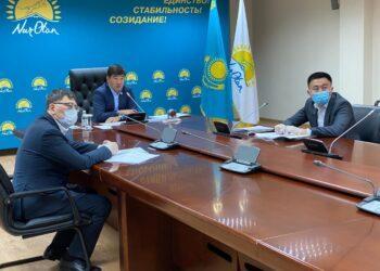 Партия Nur Otan решила 96% проблем обратившихся казахстанцев 1