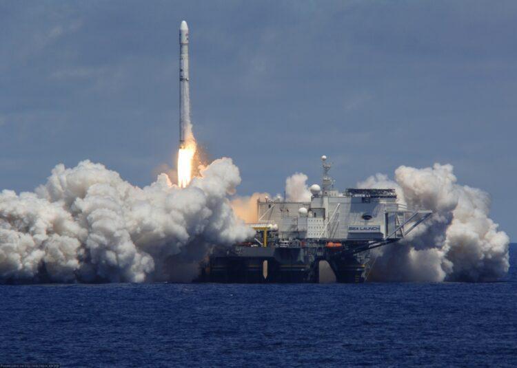 Илон Маск создаст плавучий космодром для запуска ракет к Марсу 1