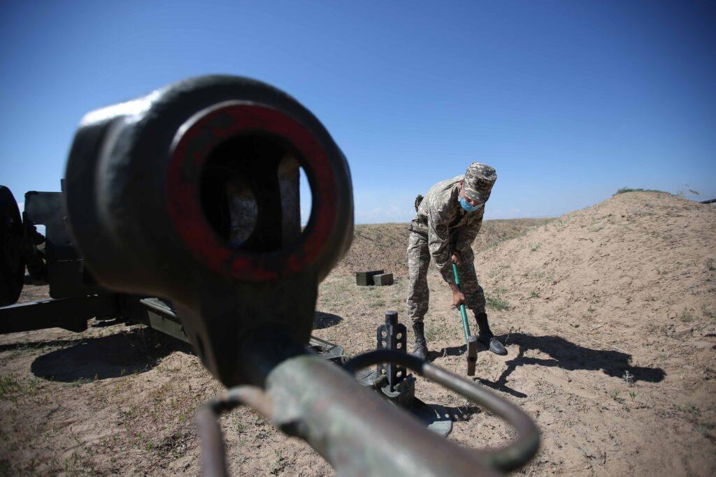 Выпускники Военного института сухопутных войск сдают госэкзамены 1