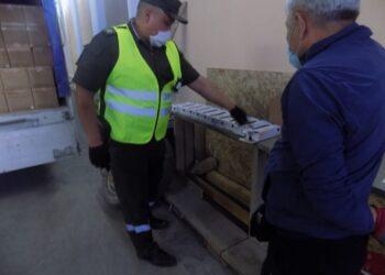 Из Казахстана пытались вывезти медицинские перчатки на 68 млн тенге 1