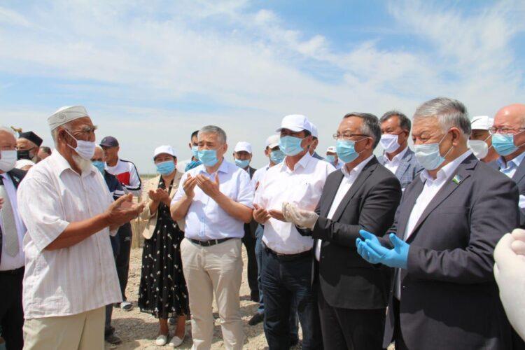 Профсоюзы Казахстана и Узбекистана оказали помощь жителям Мактаарала 1