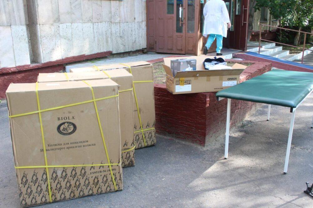 Партийцы Nur Otan подарили медоборудование больнице Павлодарской области 2