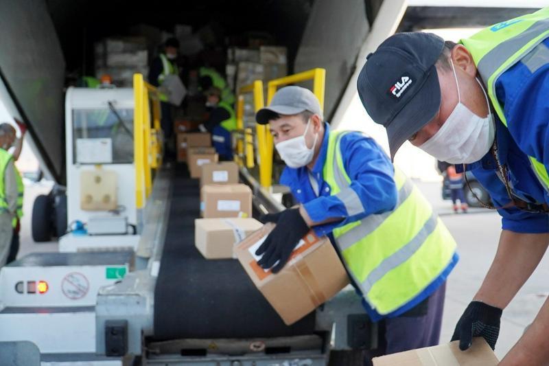 В Нур-Султан доставили 600 тысяч упаковок клексана, дексаметазона и других препаратов 2