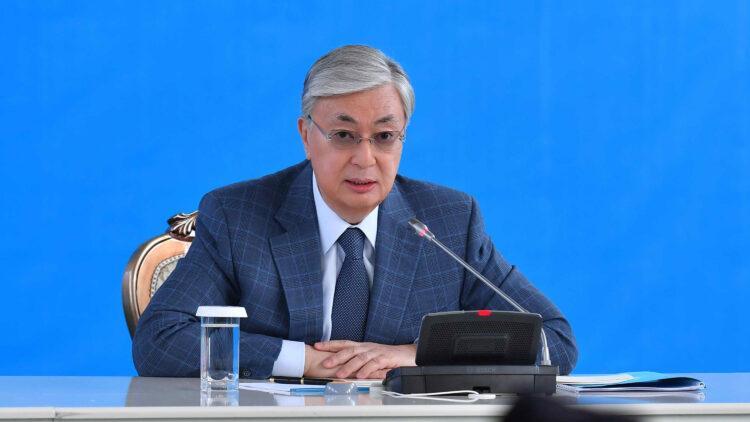 Смертность от коронавируса и пневмонии в Казахстане остается высокой - Токаев 1