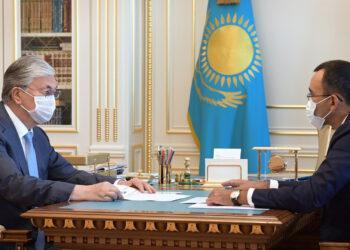Касым-Жомарт Токаев принял Председателя Сената Парламента Маулена Ашимбаева 3