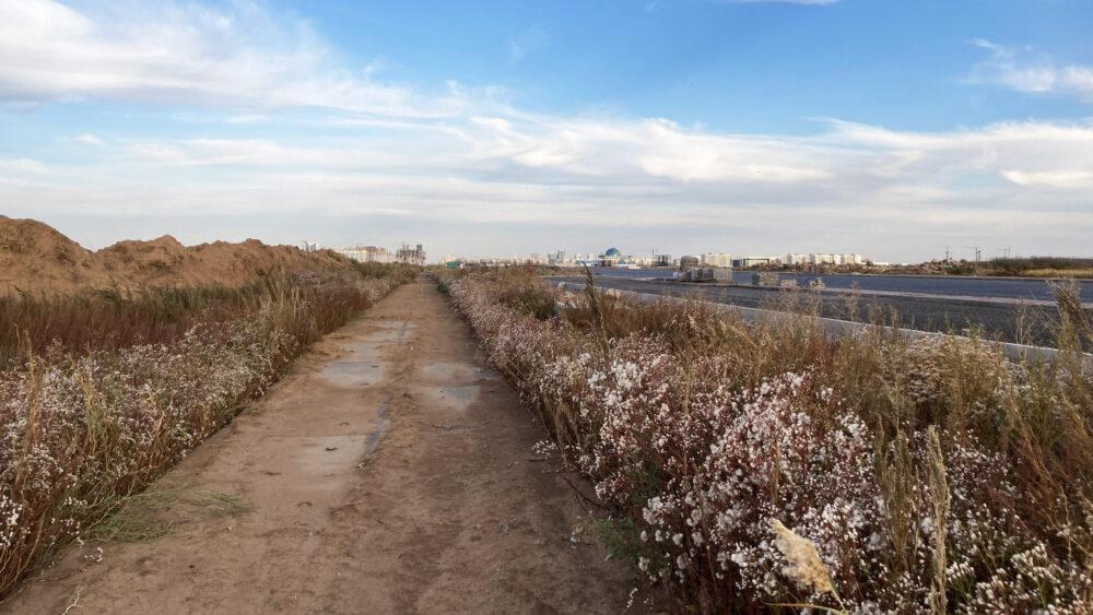 Дорогу в никуда за 9,3 млрд тенге строят в Нур-Султане 3