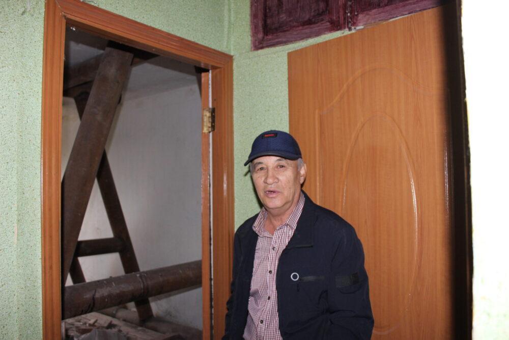 Красота на первом месте: Почему власти Темиртау отказываются ремонтировать аварийный дом 4