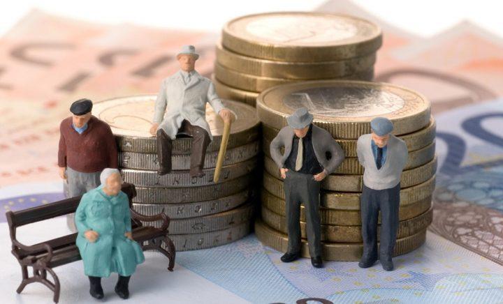 Чтобы снять деньги со счетов ЕНПФ, казахстанцам придется отдать 10% государству 1