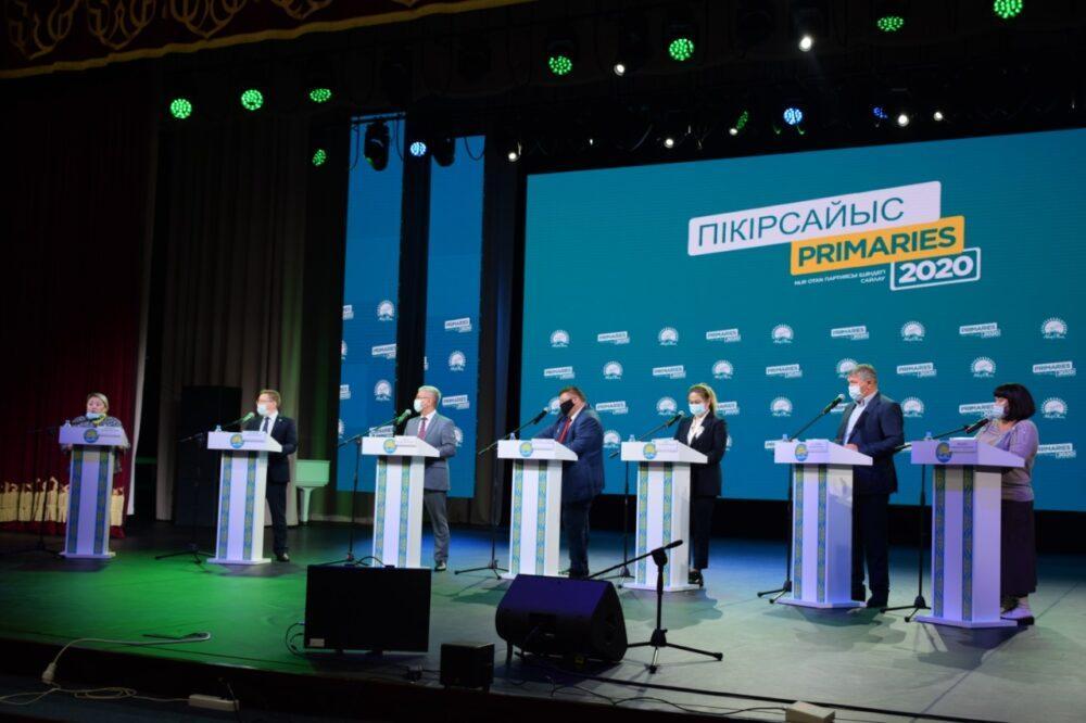 В Костанае состоялись публичные дебаты Nur Otan 2